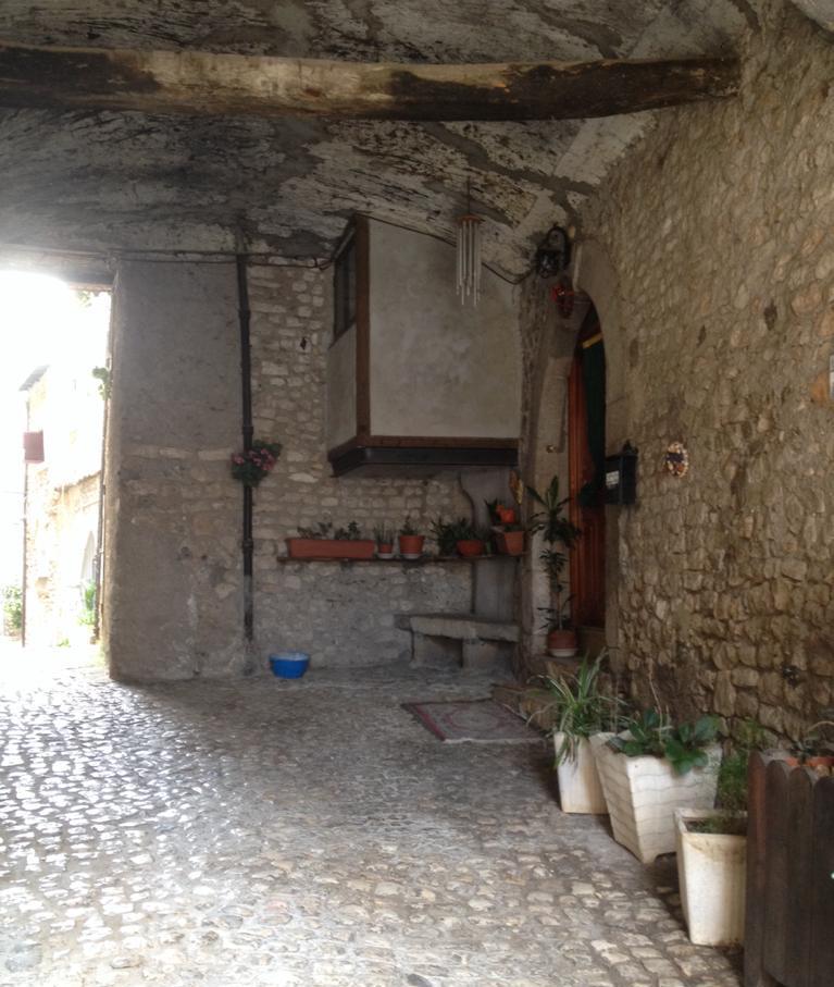 Residenze: Claudio Beorchia – Le macchine passare